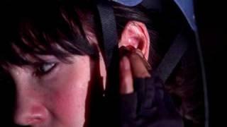 Nonton Спуск 2 / The Descent: Part 2 (2009) - трейлер (дублированный) Film Subtitle Indonesia Streaming Movie Download