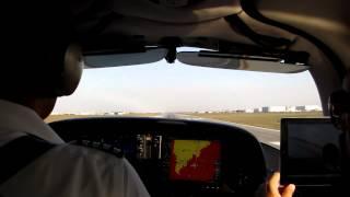 Cirrus Sr22t: Aterrizando En Mty 07.03.2012
