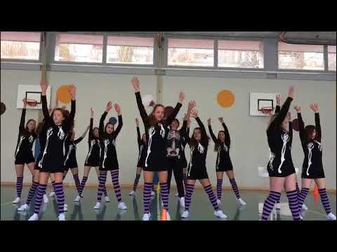 Gelten als Favoriten: Die Tanzgruppen der Schule Grosshöchstetten trainieren für den School Dance Award. (Video: Caroline Wittwer/Bearbeitung Tobias Kühn)
