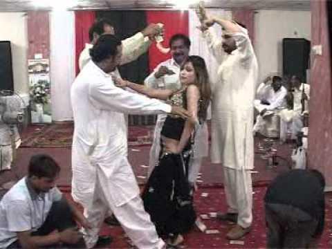 adnan wedding mujra dance in faisalabad