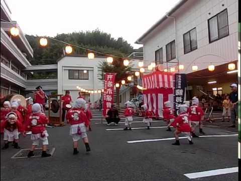 口之津町玉成園盆踊り大会にて若木保育園ひょっとこ踊り