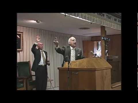 tabernaculo Branham - Esse hino foi cantado quando Rev. Willard Collins deu seu testemunho no dia 10 Julho 2005 no Tabernáculo Branham