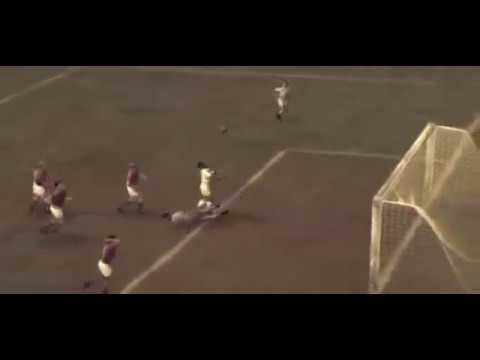 Le plus beau but de Pelé reconstitué