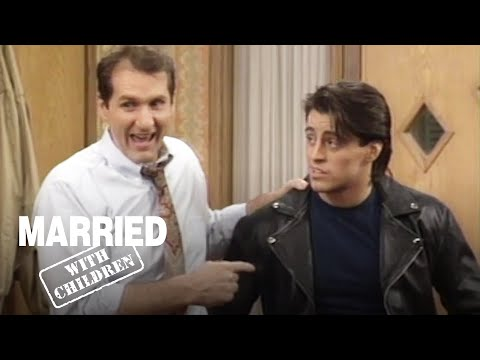 The Family Meet Kelly's New Boyfriend! | Married With Children
