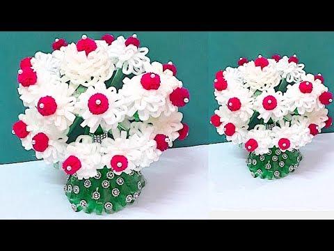 DIY - Flower vase of recycled plastic spoons - Easy crafts made with Flower Vase Made Of Plastic Bottle on animals made of plastic bottles, wall art made of plastic bottles, lamp made of plastic bottles, baskets made of plastic bottles,