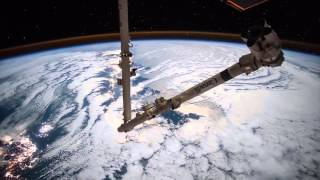ISS Timelapse - Travelling to Tokyo with Canadarm2 (27 Novembre 2015)