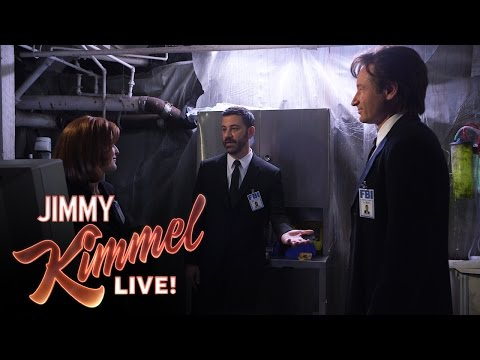 Mulder Scully and Jimmy Kimmel in The XFiles