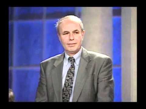 אברהם הרשקו מקבל את פרס ישראל בשנת 1994