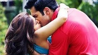 Ileana D'Cruz  lip lock  with Varun Dhawan | Hot cinema news
