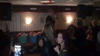 Download Lagu Mart Hoogkamer LIVE ! | Daar Sta Je Dan | Cafe De Sjang Mp3