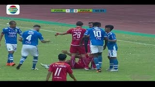 Video Terjadi Insiden R Silva Persija Menyikut Leher Dedi K Persib | Go-Jek Liga 1 bersama Bukalapak MP3, 3GP, MP4, WEBM, AVI, FLV Oktober 2018