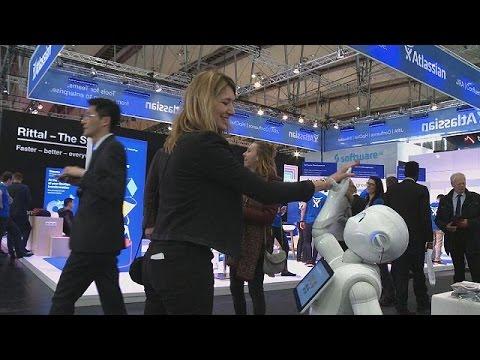 CeBIT: Drone, ρομπότ, αυτόνομα λεωφορεία και έξυπνα σπίτια στη μεγάλη έκθεση στο Ανόβερο
