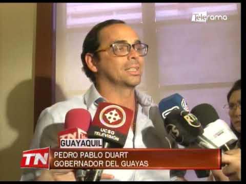 Gobernador del Guayas entregó sillas de ruedas a niños con cáncer