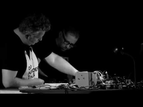 Weird music by Dirty Electronics and Nicholas Bullen @Paradox_Tilburg/@Incubate. #Incu15 [video]