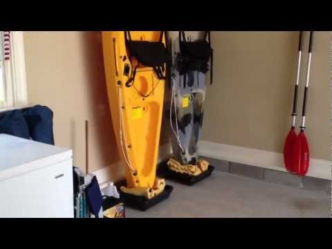 DIY – Easy kayak Upright Garage Storage