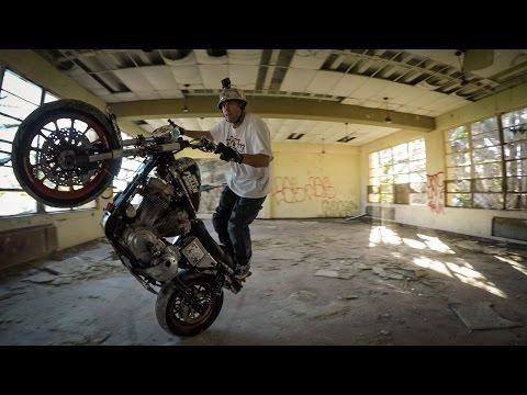 A GoPro legújabb filmjében egészen új környezetbe költözött a kaszkadőr-szakma - méghozzá egy Harley-Davidsonnal...