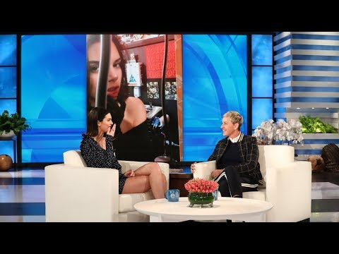 Kendall Jenner Shows Off Her New Lip Tattoo (видео)