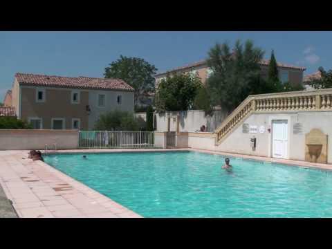 Les bastides d'Uzès - Rue des Lavandes vers la piscine