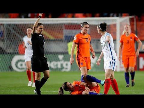 «Άρωμα γυναίκας» στην League 1