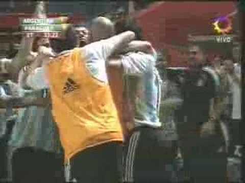 Gol de Mascherano con Argentina
