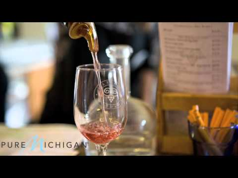 Michigan Wineries and Wine Trails