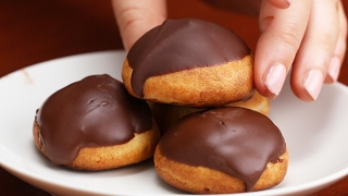 Chocolate Strawberry Cream Puffs by Tasty