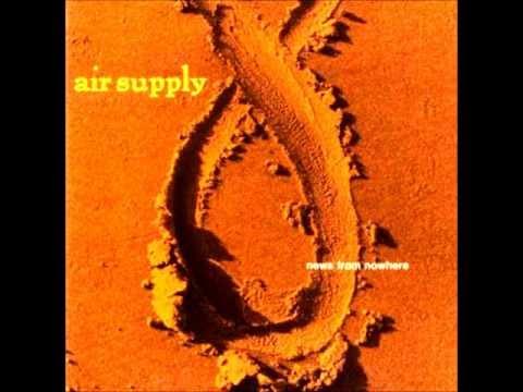 Tekst piosenki Air Supply - Just Between The Lines po polsku