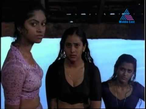 Hot Mallu Actress Nadiya Moidu And Geetha Nude Bath In A Public Pond Their Body Parts Are Clearly Vi