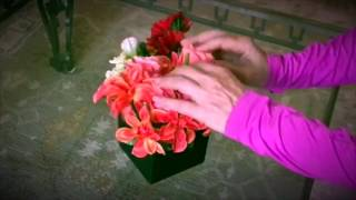 Flower Arranging in Seconds