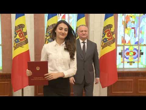 Șeful statului a conferit Diploma de Onoare a Președintelui Republicii Moldova unui grup de sportivi și profesori