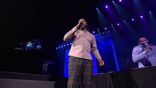 Jaheim Performs 'Finding My Way Back' at Steve Harvey's Neighborhood Awards