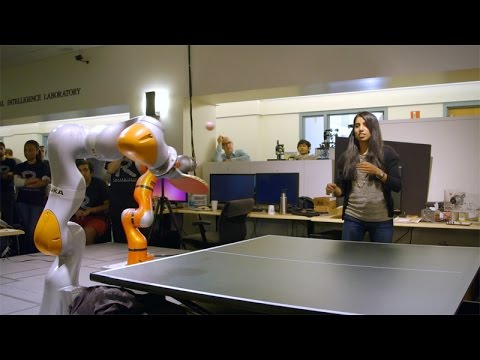 Stanford students design  teach robots to play