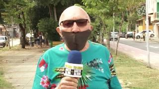 Tio Mica lê nota da CMVR sobre a iluminação em alerta ao dia 18/05