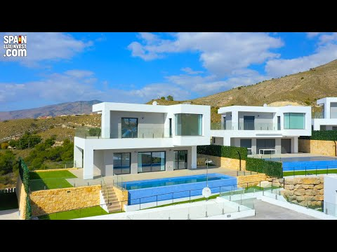 Недвижимость в Испании/Вилла с видом на море и горы/Финестрат/Новые дома в Испании/Виллы в Бенидорме