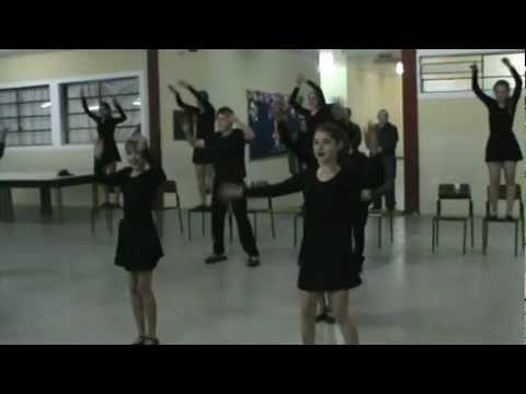 Escola Osny vasconcellos no Interact clube em Pien Dança.