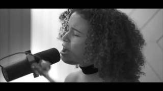 Thandi Phoenix - Tell Me Where The Lovers Have Gone (Acoustic Version)