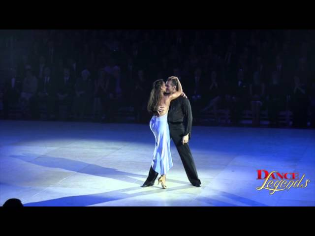 Dance Legends 2014 - Slavik Kryklyvyy & Karina Smirnoff Latin (International)