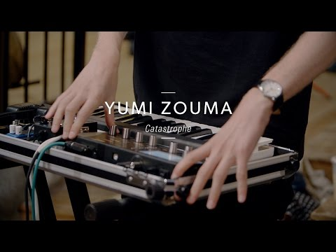 Watch Yumi Zouma's live performance of 'Catastrophe' [405 Premiere]