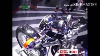 3. 2016 Yamaha SR400 at the 44th Tokyo Motorshow