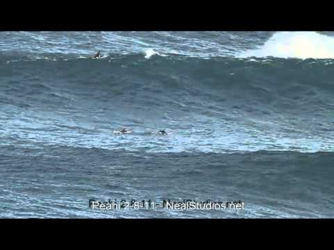 Peahi (Jaws) paddle surf session 2-8-11 - CCTV Video placeholder