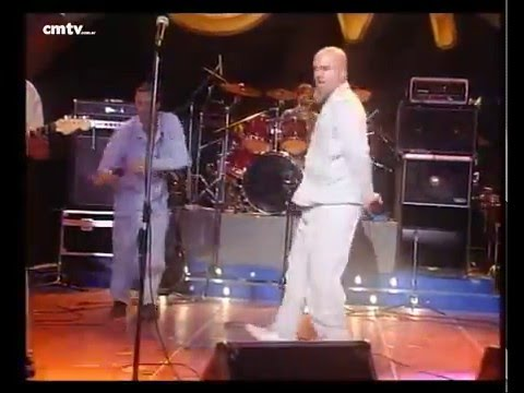 Bersuit Vergarabat video La bolsa - CM Vivo 2000