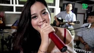 Video KARNA SU SAYANG ~ Cover By XENA XENITA ft Dangduters [dangdut akustik] MP3, 3GP, MP4, WEBM, AVI, FLV Juni 2019