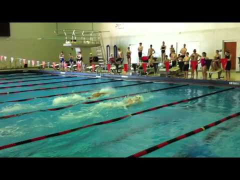 Josh Davis races Mark Gangloff and swimmers