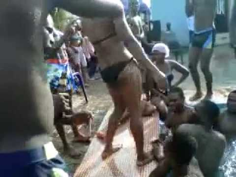 Owerri Girl Dancing Naked In Pool Party - Part1