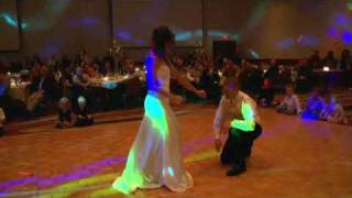 "HILARIOUS!  Surprise Wedding First Dance to Flo Rida's ""Low""."