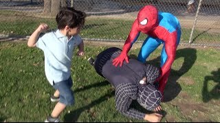 SPIDERMAN IN REAL LIFE PRANK! - YouTube