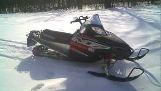 10. LOT 866A 2005 Arctic Cat M7 700 EFI 141 Snowmobile