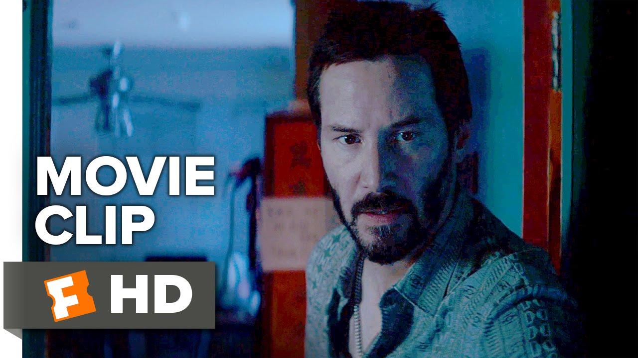 Elle Fanning  is dangerous in Nicolas Winding Refn's Thriller 'The Neon Demon' with Keanu Reeves