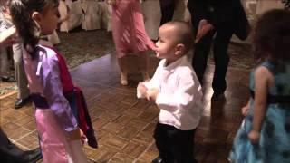FUNNY , BABY , DANCING , HIP HOP ,