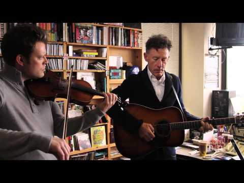 tiny desk concert - For all of Lyle Lovett's considerable artistic gifts  a distinctive voice, easygoing charisma, rare talent for wordplay  his greatest attribute may be the ...